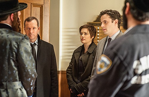 Blue Bloods Season 3 Episode 14 Men in Black (9)