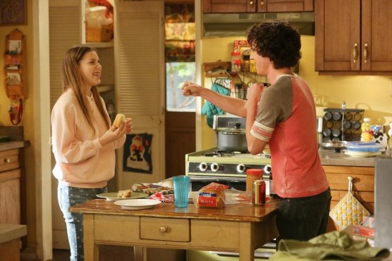The Middle Season 4 Episode 19 Dollar Days (6)