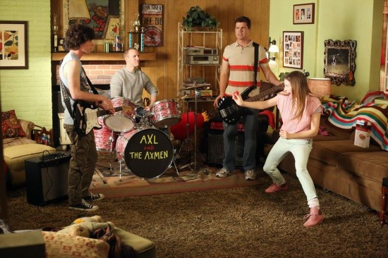 The Middle Season 4 Episode 19 Dollar Days (9)