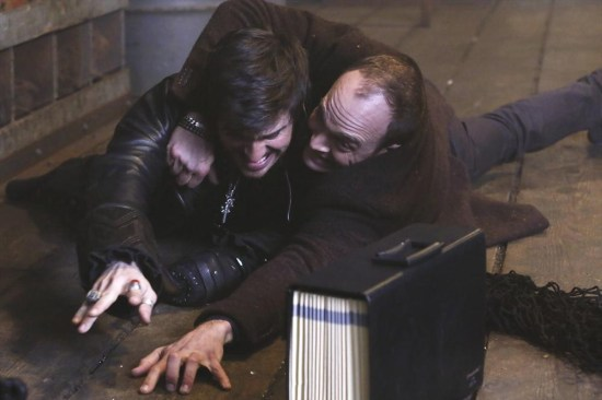 Once Upon a Time Season 2 Episode 22 And Straight On 'Til Morning (12)