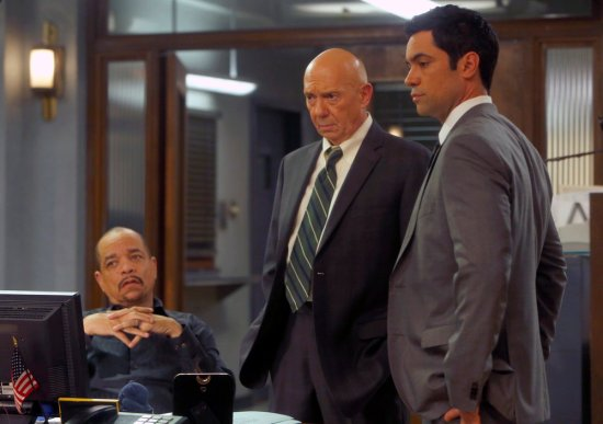 Law & Order: SVU Season 15 Episode 10 Psycho/Therapist (13)