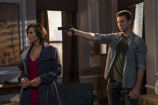 Law & Order: SVU Season 15 Episode 10 Psycho/Therapist (12)