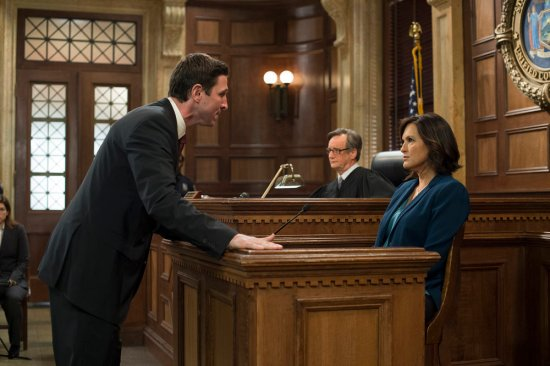 Law & Order: SVU Season 15 Episode 10 Psycho/Therapist (7)