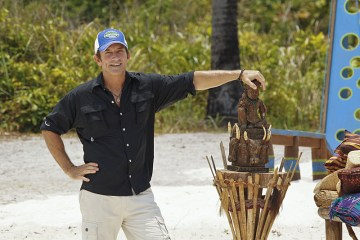 Host and executive producer Jeff Probst on SURVIVOR: KAOH RONG -- Brains vs. Brawn vs. Beauty.   The show premieres with a special 90-minute episode, Wednesday, February 17 (8:00-9:30 PM, ET/PT) on the CBS Television Network. Photo: Robert Voets/CBS Entertainment ©2016 CBS Broadcasting, Inc. All Rights Reserved.