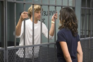 """""""Internal Affairs"""" -- Pictured: Eric Christian Olsen (LAPD Liaison Marty Deeks) and Daniela Ruah (Special Agent Kensi Blye). When Deeks is arrested for the murder of his former partner, the team races to try and prove his innocence, on NCIS: LOS ANGELES, Monday, Dec. 7 (10:00-11:00, ET/PT), on the CBS Television Network. Photo: Neil Jacobs/CBS ©2015 CBS Broadcasting, Inc. All Rights Reserved."""