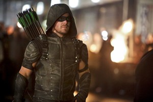 "Arrow -- ""Schism"" -- Image AR423b_0243b2.jpg -- Pictured: Stephen Amell as Green Arrow -- Photo: Bettina Strauss/The CW -- © 2016 The CW Network, LLC. All Rights Reserved."
