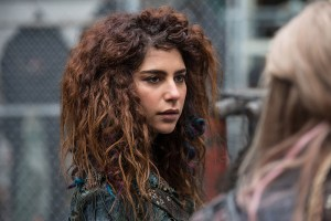 "The 100 -- ""Red Sky at Morning"" -- Image HU314a_0101 -- Pictured: Nadia Hilker as Luna -- Credit: Diyah Pera/The CW -- © 2016 The CW Network, LLC. All Rights Reserved"