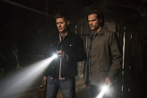 "Supernatural -- ""The Chitters"" -- Image SN1119a_0164.jpg -- Pictured (L-R): Jensen Ackles as Dean and Jared Padalecki as Sam -- Photo: Katie Yu /The CW -- © 2016 The CW Network, LLC. All Rights Reserved"