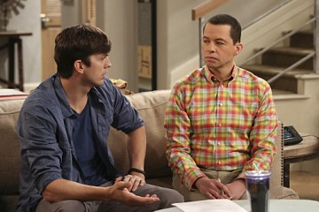 Two and a Half Men Dont Give A Monkey A Gun Season 12 Episode 14 03