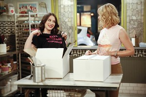 2 Broke Girls And The Cupcake Captives Season 4 Episode 14 04