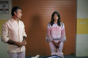"Jane The Virgin -- ""Chapter Twenty-Five"" -- Image Number: JAV203a_0136.jpg -- Pictured (L-R): Jaime Camil as Rogelio and Andrea Navedo as Xo -- Photo: Danny Feld/The CW -- © 2015 The CW Network, LLC. All rights reserved."