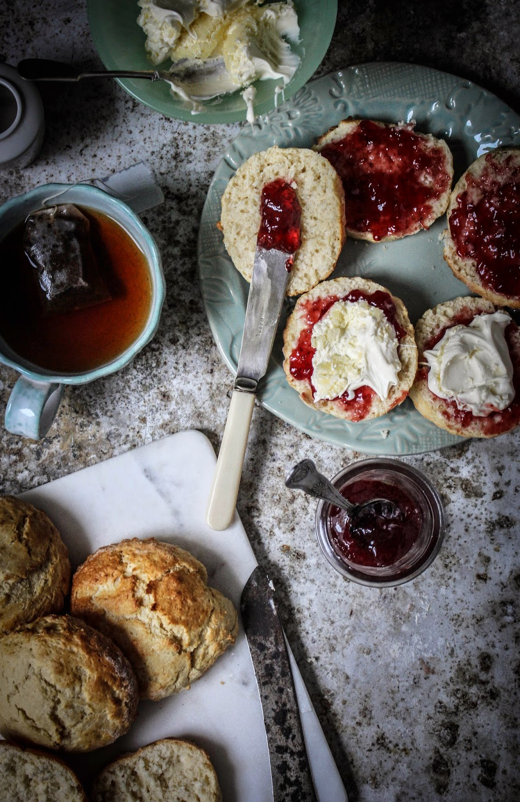 Fall Leve Wallpapers Devon Cream Tea Traditional English Scones With Cream And