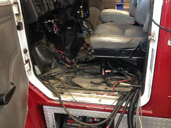 Storm Ambulance International Remount - Wire harness to cab