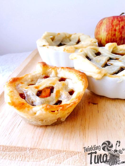 mini-apple-pies-mini-apple-pie-bites-recipe-mini-apple-pie-eggless-baking-recipe2