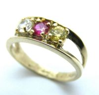 10K YELLOW GOLD THREE STONE MOTHER'S RING - Twins Jewelry ...