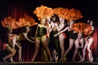 becoming_burlesque_photo_by_chris_hutcheson_from_l2r_liana_lewis_jackie_english_amber_mackereth_julie_mclachlan_kage_wolf_madi_kin_ansi_drive_knox_harter_pastel_supernova