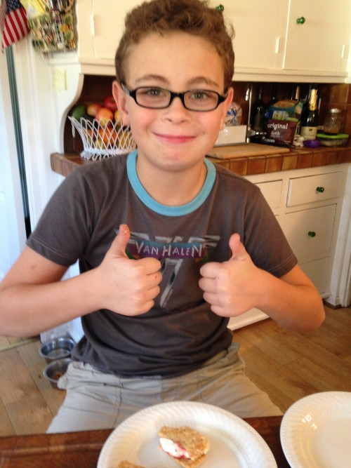 Jer thumbs up