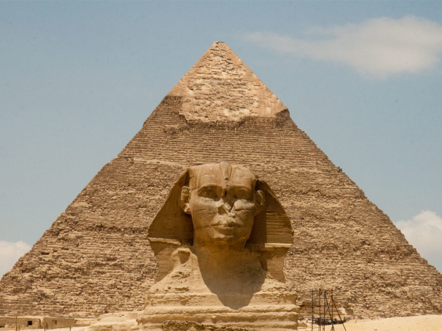 egypt-pyramids-o-sphinx-at-pyramid-of-khafre