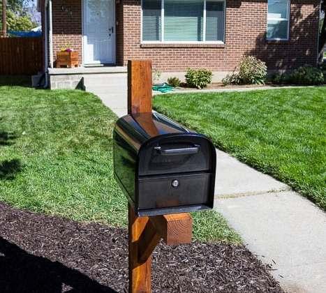 Build a Mailbox Post