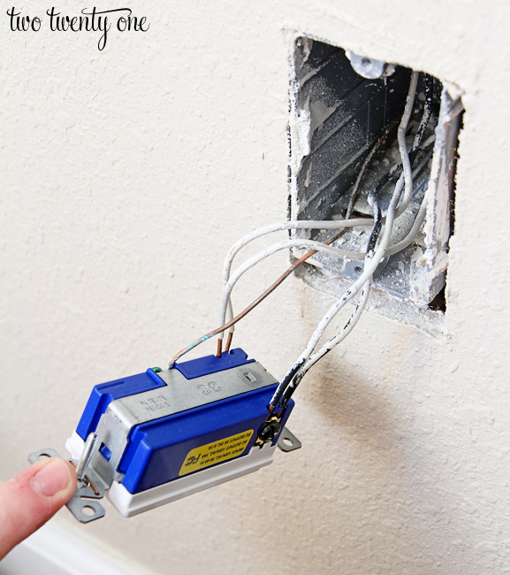 How to Install a USB Wall Outlet {Receptacle Outlet}