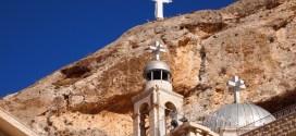 «عيد الصليب» يُعيد الحياة إلى معلولا