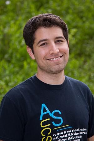 Medical Student Confronts Cancer at Bench, Bedside and Beyond Sam