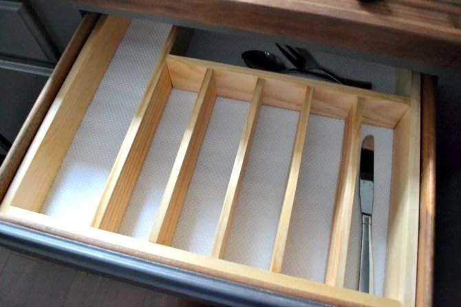 10 To Organized Diy Silverware Drawer Organizer O Ugly