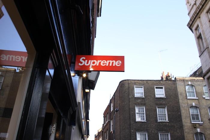 Stussy Hd Wallpaper Supreme London Uglymely Sneakers Street Culture Bike