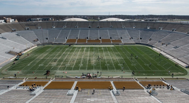 Artificial Turf Coming to Notre Dame Stadium   UHND