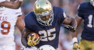 Tarean Folston returns from an ACL injury to lead a crowded Notre Dame backfield in 2016. (Photo: Robin Alam // Icon Sportswire)