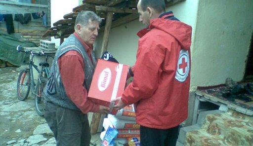 Bashkatdhetarët nga Londra ndihmuan 25 familje minatorësh në Mitrovicë