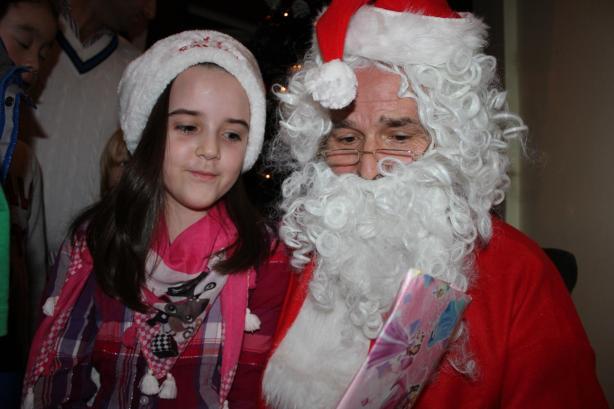 Babadimri gezon femijet shqiptare ne Londren veriore