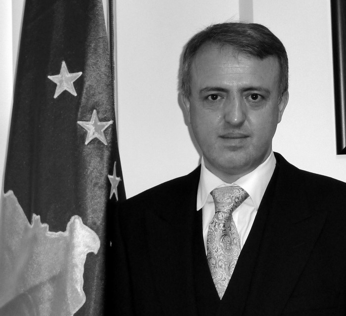 <!--:en-->Serbia's stance on Kosovo rules out EU candidate status<!--:-->