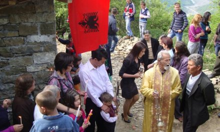 <!--:en-->Easter in Albania, Albanians reflect about 'dark' communist past<!--:-->