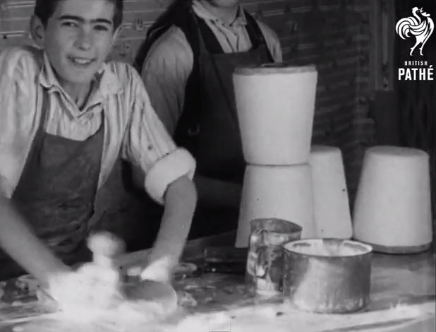 The making of Albanian Fes (1937)