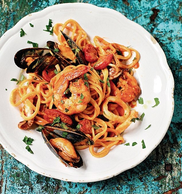 Seafood linguine from Albania