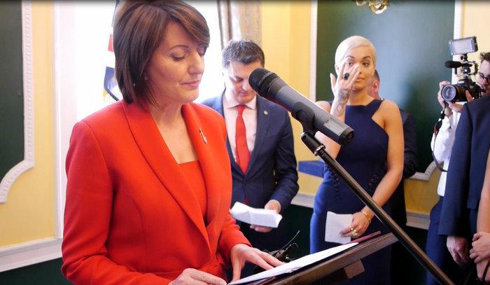 Rita Ores i dalin lotet pasi degjon fjalet e Presidentes Atifete Jahjaga