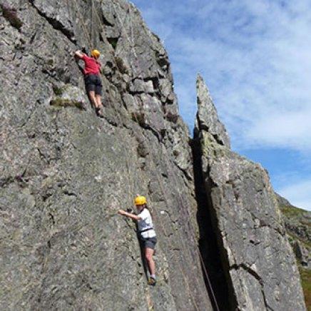 yorkshire_rock_climbing