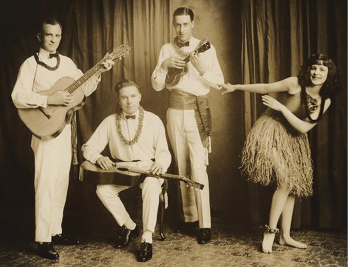 Waikiki Trio Great Ukes Martin Ukulele