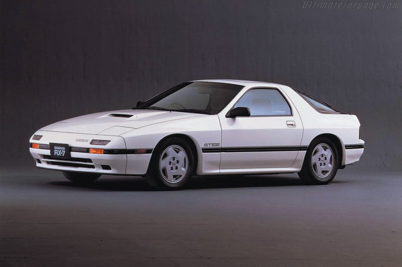 Dubai Police Cars Wallpapers 1986 1991 Mazda Rx 7 Gxl Images Specifications And