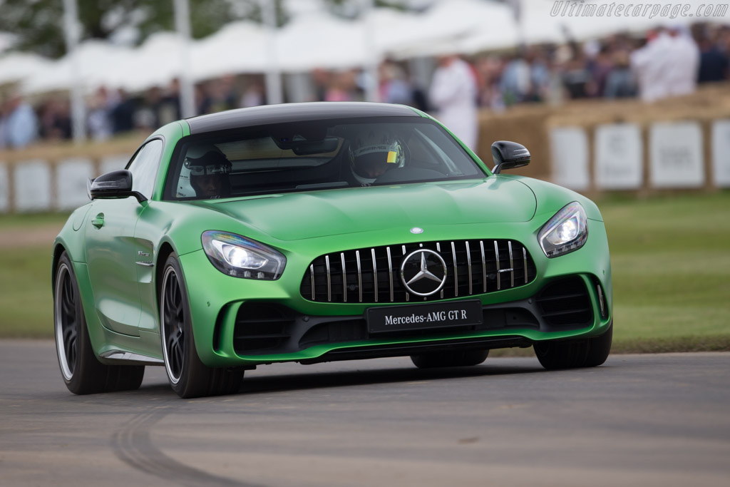 Nissan Gtr Car Hd Wallpapers 2017 Mercedes Amg Gt R Images Specifications And