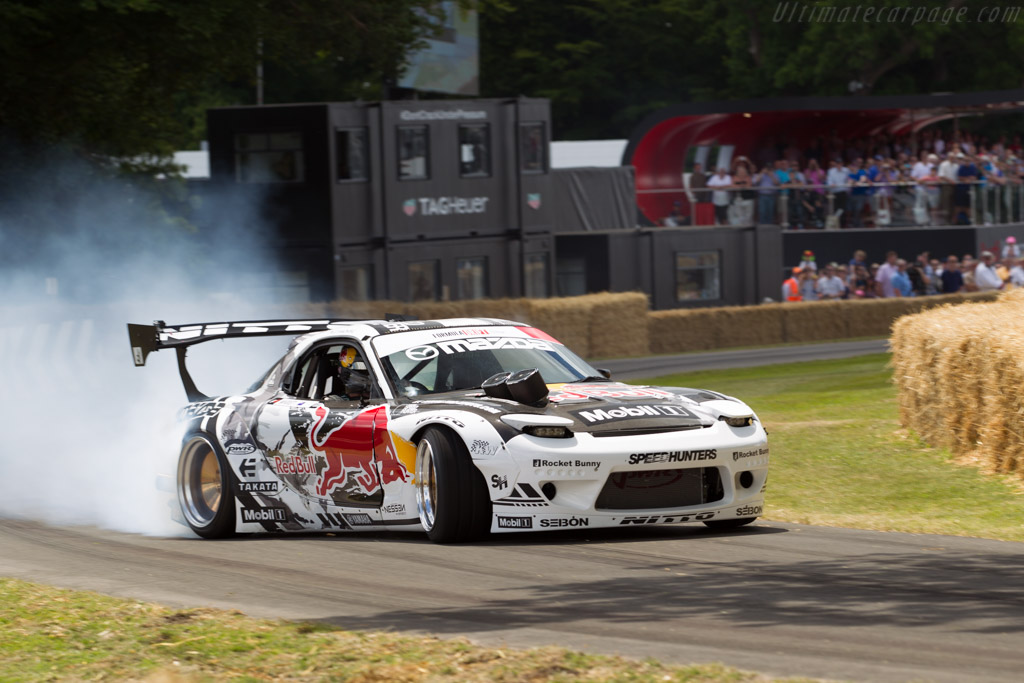 Cool Car Photos Wallpapers Mazda Fd Rx 7 Entrant Red Bull Motorsports Driver