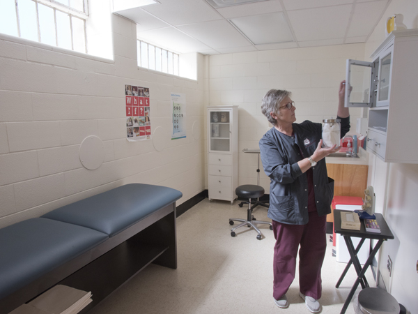 Teen clinic promotes healthy choices, healthy futures - University