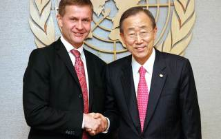Photo: Ban Ki-moon (right) meets with Erik Solheim, then Minister of the Environment and International Development of Norway, in 2010.