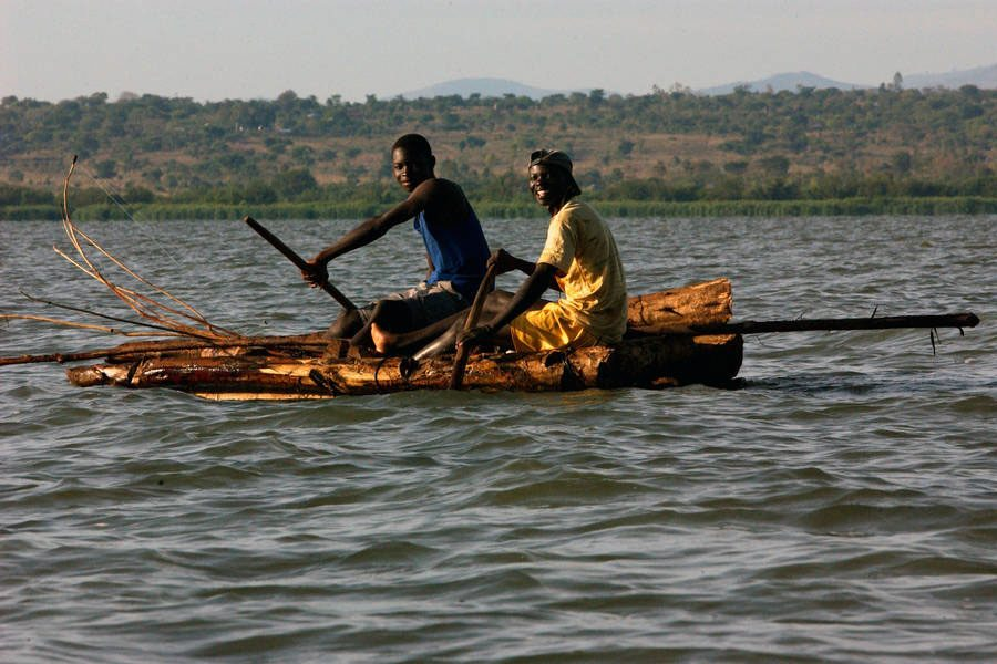 Photo: Kenyan fishermen on Lake Victoria use special nets to conserve dwindling fish stock. Photo: FAO/Ami Vitale