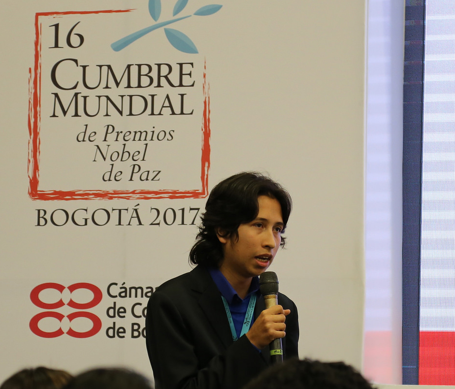 """Julián Rodríguez, youth leader who led a workshop on """"Youth for the Sustainable Development Goals"""" at the World Summit of Nobel Peace Laureates in Colombia. (UNDP Colombia, 2017)"""
