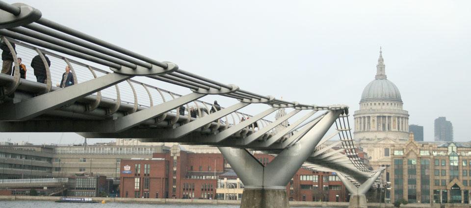 Tate Modern Londres Millennium Bridge