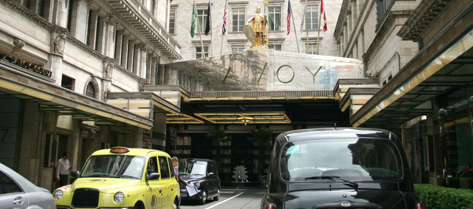 Gastronomía londinenseentrada a The Savoy Londres