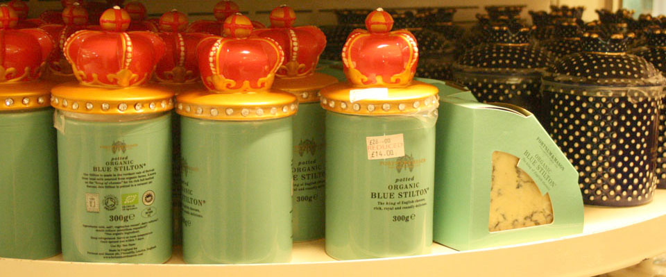 Fortnum & Mason Londres botes queso