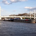 Albert Bridge desde Chelsea Embankmente.